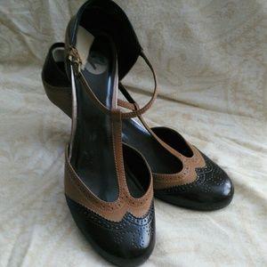 Shoes - Elegant T-Strap Heels Sz 9.5